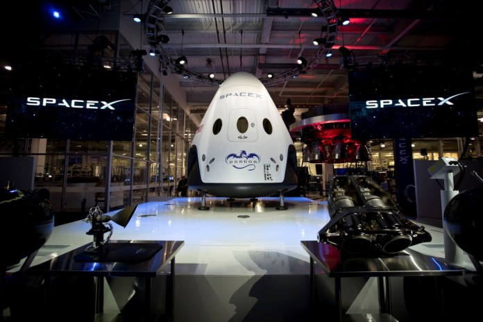 SpaceX Dragon V2