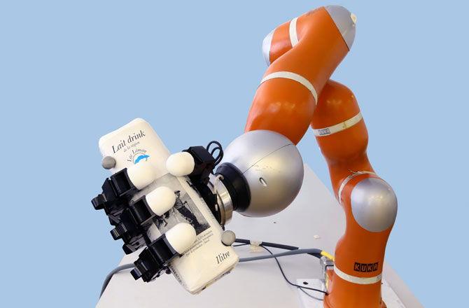 Робот ръка